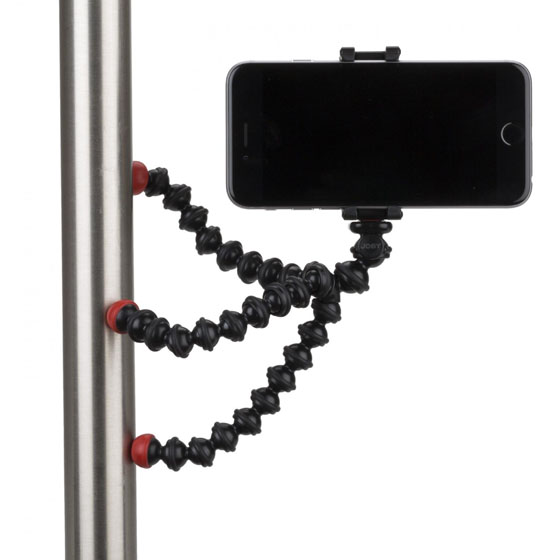 how to use a tripod with a phone